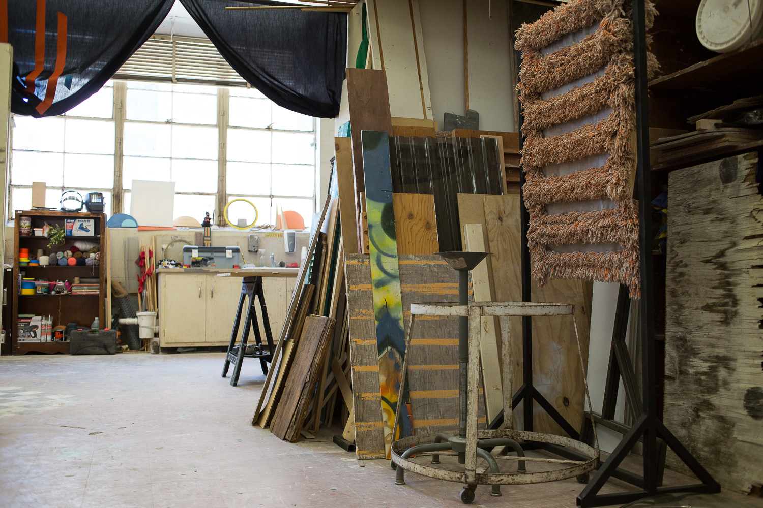Pete Hoffecker Mejía, Studio Visit, June 2019 (photo: Tracy Treadwell)