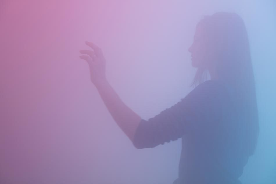 Ann Veronica Janssens, Blue, Red, and Yellow (2001)